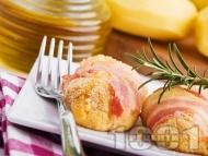 Рецепта Печени картофени кюфтета с бекон и розмарин на фурна (без пържене, без лук)